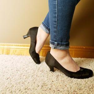 Black casual heels